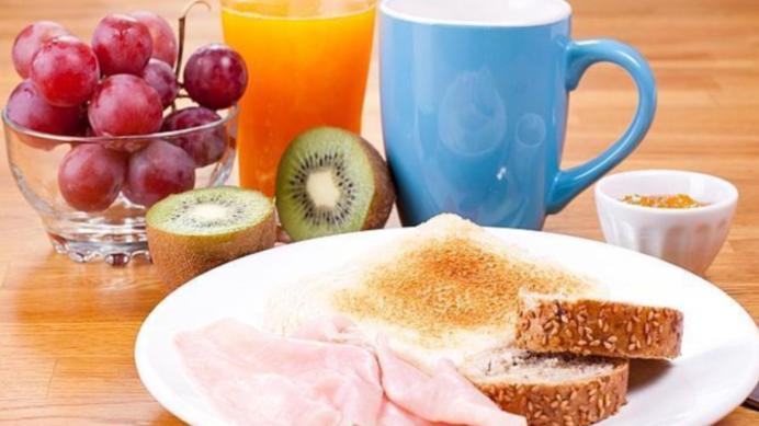 Medium desayuno proteinas